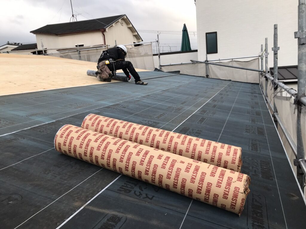 屋根の施工🏠